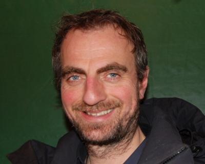 Paul Ottar Haga, en av flere gode grunn til å se denne forestillingen (foto: nearadio.no)