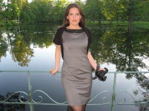 Gunda i vakre omgivelser på Drottningholm Slott i 2010 (Foto fra Gunda's private samling)